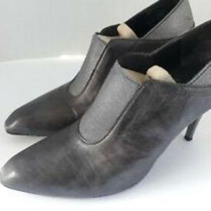 Women's Donald J Pliner Gray Pointy Toe Heels 7.5